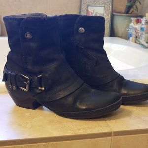Miz Mooz Evelyn black leather & suede Booties